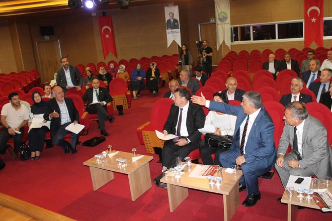 AK Parti ve CHP'liler birbirine girdi