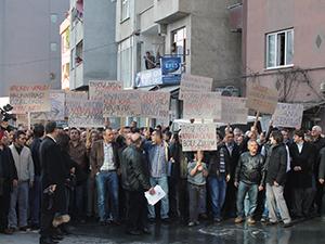 Ayazağada yüzlerce kişi Sarıgülü protesto etti!