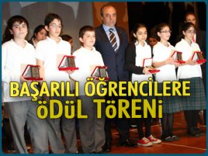 Başarılı öğrencilere ödül töreni