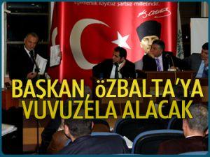 Başkan, Özbalta'ya vuvuzela alacak
