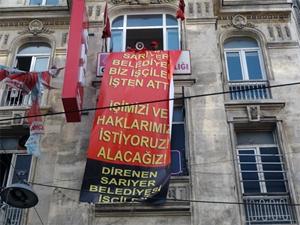 Belediyeden atılan işçiler CHP binasını işgal etti