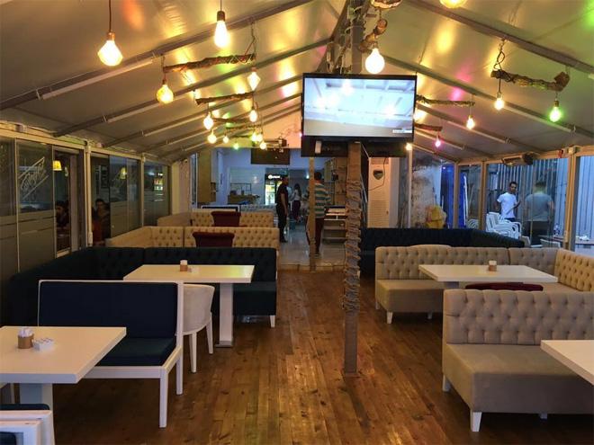 Beyaz Sayfa Cafe Sarıyer'de açıldı