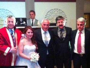 CHP'li Abdaloğlu'nun mutlu günü