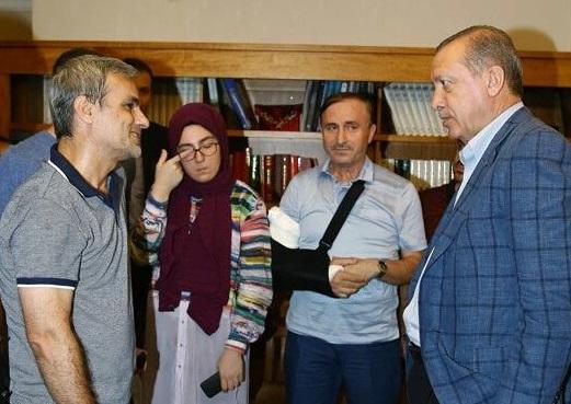 Cumhurbaşkanı Erdoğan Erdem ve Usta'yı ziyaret etti