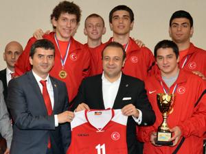 Dünya şampiyonu Ankarada ağırlandı