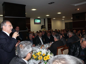Eski ANAPlılardan AK Partili Özsoya destek