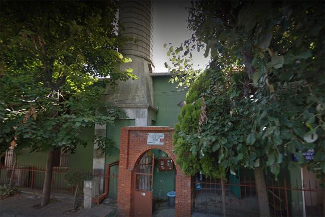 Müteahhitler Büyükşehir'e cami taşıttırdı