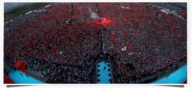 """ŞÜKRÜ GENÇ: """"7 AĞUSTOS ORTAMI ÖRNEK OLMALI """""""
