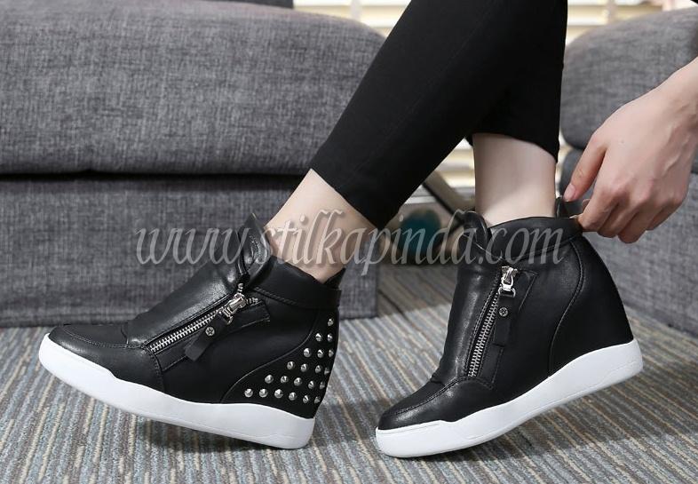 Kadın Sneaker Modası STİLKAPINDA.COM'da!
