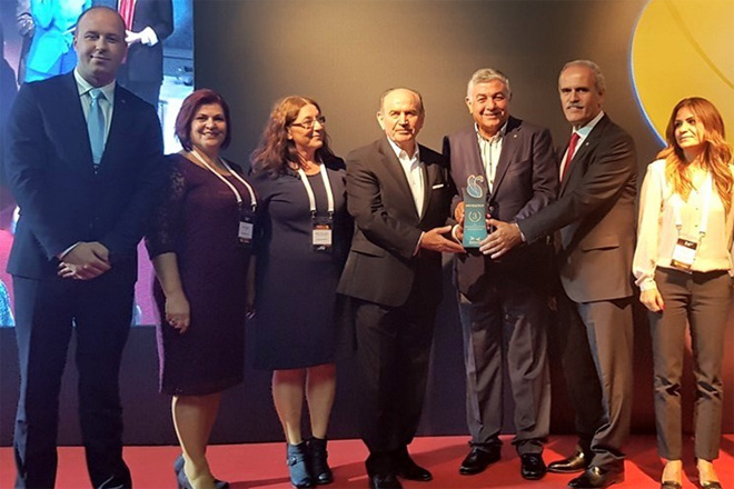 EÇADEM'e en iyi sosyal proje ödülü