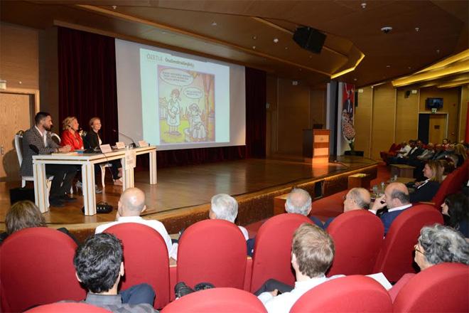 Sarıyer'de düzenlenen panelde anayasa tartışıldı
