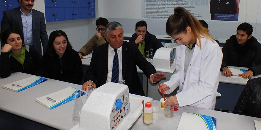Prof. Dr. Aziz Sancar laboratuvarı Sarıyer'de açıldı