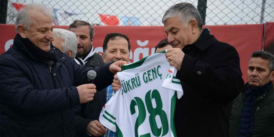 AK Partili Cemil Özbalta: Şükrü Genç 30 yılda yapılmayanı yaptı