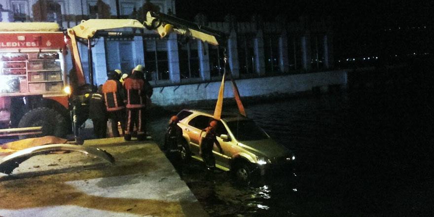 Sarıyer'de kadın sürücü denize uçtu!