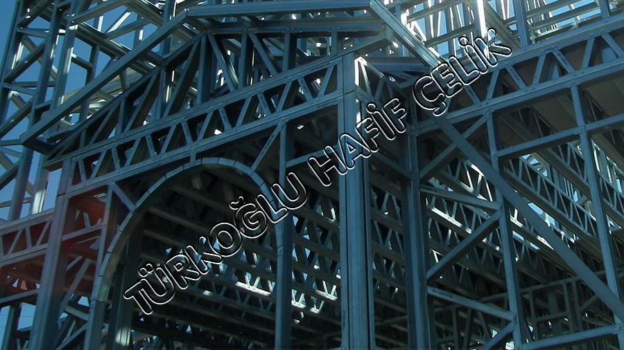 Hafif Çelik Yapı Sektöründe Yenilikçi Tasarımlar