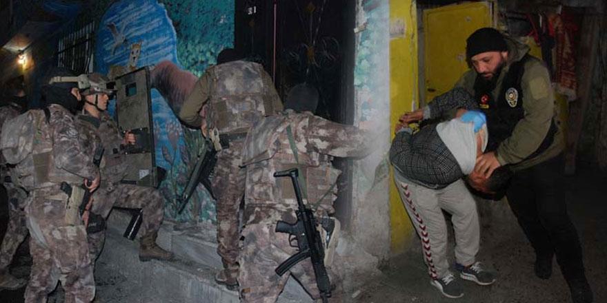 Sarıyer'de uyuşturucu operasyonunda 26 kişi tutuklandı