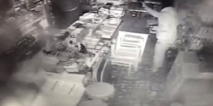 Sarıyer'de hırsızlardan bıktığı için devrettiği dükkan yine soyuldu