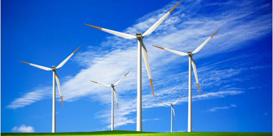 Melih Akkurt: 1 mw'lık lisanssız rüzgar ve güneş enerjisi santrallerine onay çıktı