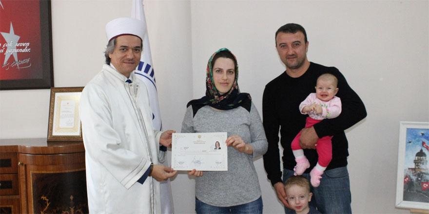 Rus asıllı Iulııa Müslüman oldu