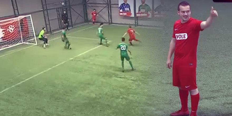 Efsaneler turnuvasına damga vuran gol - VİDEO