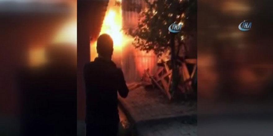 Sarıyer Reşitpaşa'da yangın paniği!