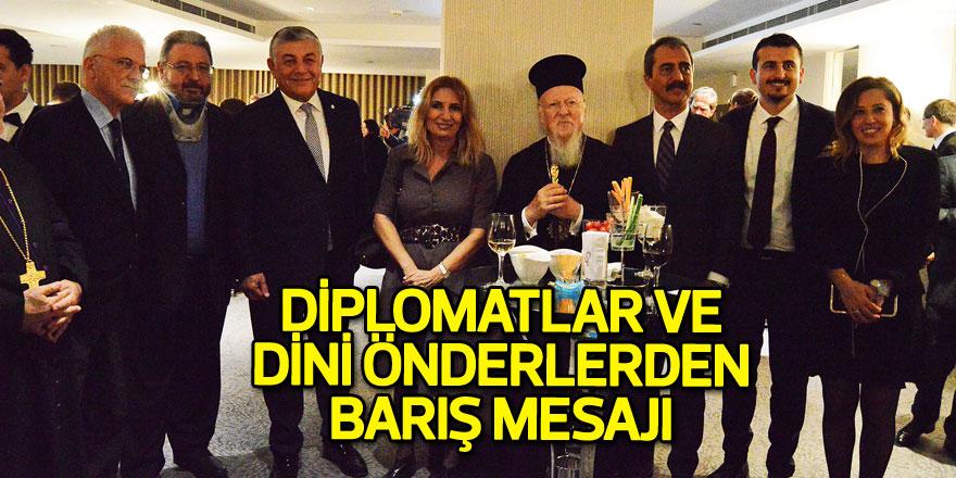 Diplomatlar ve dini önderlerden barış mesajı