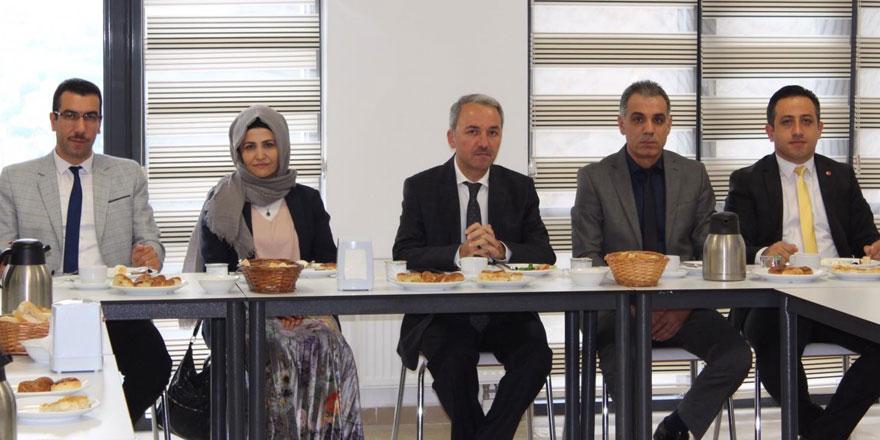 Tahmaz: Okullar tüm paydaşları ile yönetilmeli