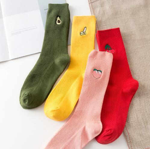 Renkli Çorap Modelleri Nasıl Seçilir?