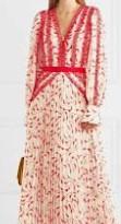 Uzun Kollu Elbise Detayı