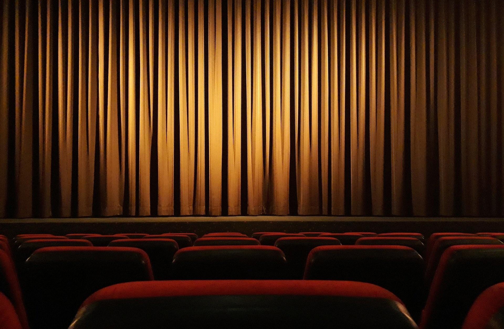 İstanbul tiyatro sahneleri nereler?