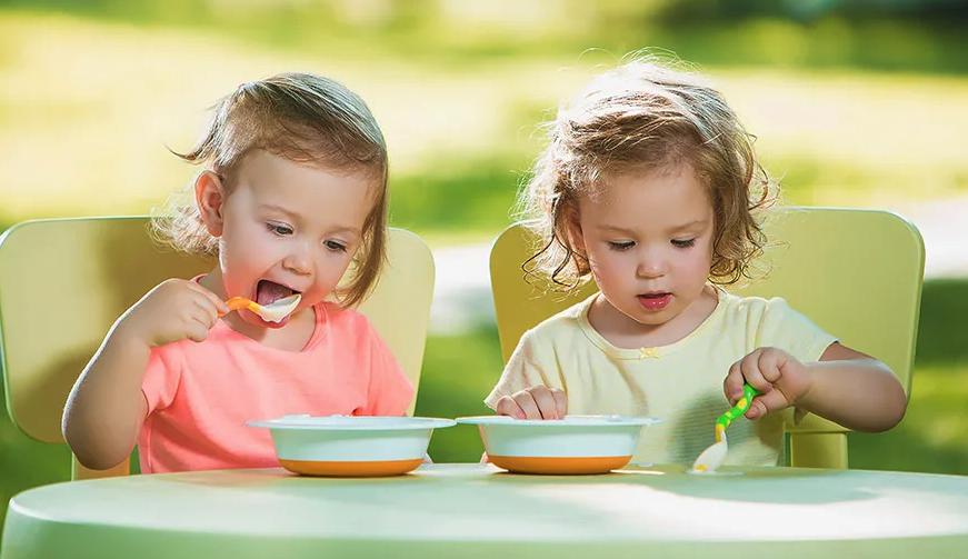 Dudak Damak Yarığı Olan Bebeklere ''Özel Beslenme''