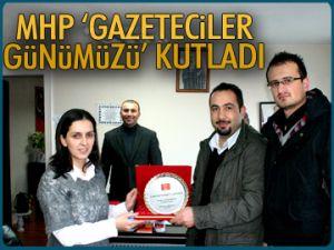 MHP Gazeteciler Günümüzü kutladı