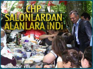 CHP salonlardan alanlara indi