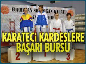 Karateci kardeşlere başarı bursu
