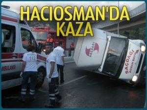 Hacıosman'da kamyonet takla attı