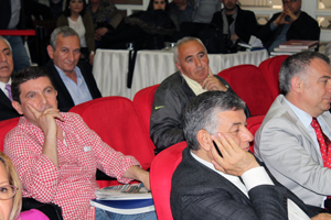 Meclisten Şükrü Genç'e Nisan 1 Şakası!