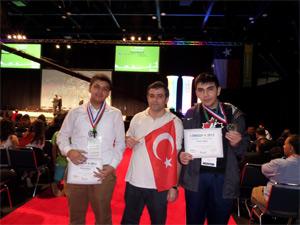 Fatih Koleji'nden Dünya Şampiyonlukları