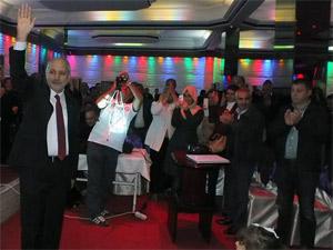 AK Parti bu salondan çıktı, Nurettin Çelik de çıksın