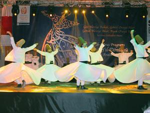 AK Partili kadınlardan Şeb-i Aruz etkinliği