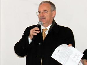 Sedat Özsoy, 3 Ayda Tapu sözünün hesabını sordu