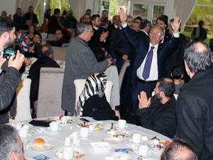 Sedat Özsoya şölen gibi destek toplantısı