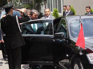 Abdullah Güle AK Partililer eşlik etti