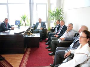 Şükrü Genç, MHP ve AK Parti'yi ziyaret etti