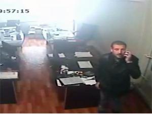 CHPli Ayverdi'nin ofisine hırsız girdi