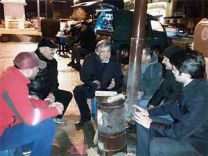 Abdullah Güle seyyar satıcıdan davet