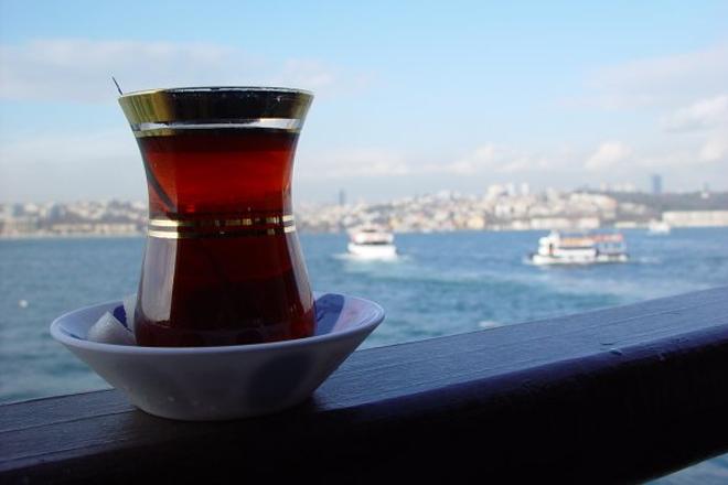 Boğaz'da çay içmenin bedeli!