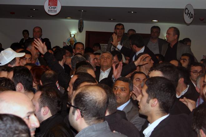 """Şükrü Genç'in, """"Mehmet'i istemiyorum"""" dediği kongreden kareler!"""