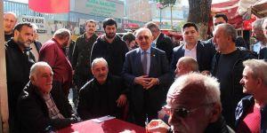 """AK Partili vekillerden Sarıyer'de """"Evet"""" çalışması"""