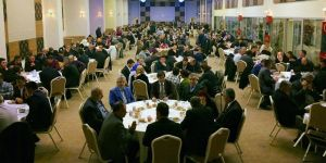 AK Parti'den teşkilata vefa yemeği