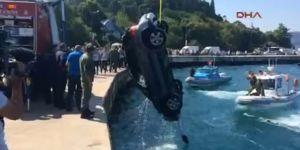 Sarıyer'de otomobil denize uçtu! Sürücü kurtarıldı